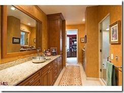 Arnold_Bathroom-574x430
